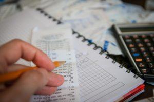 Argent, Billets, Calculatrice, Sauver, Épargnes, Impôts